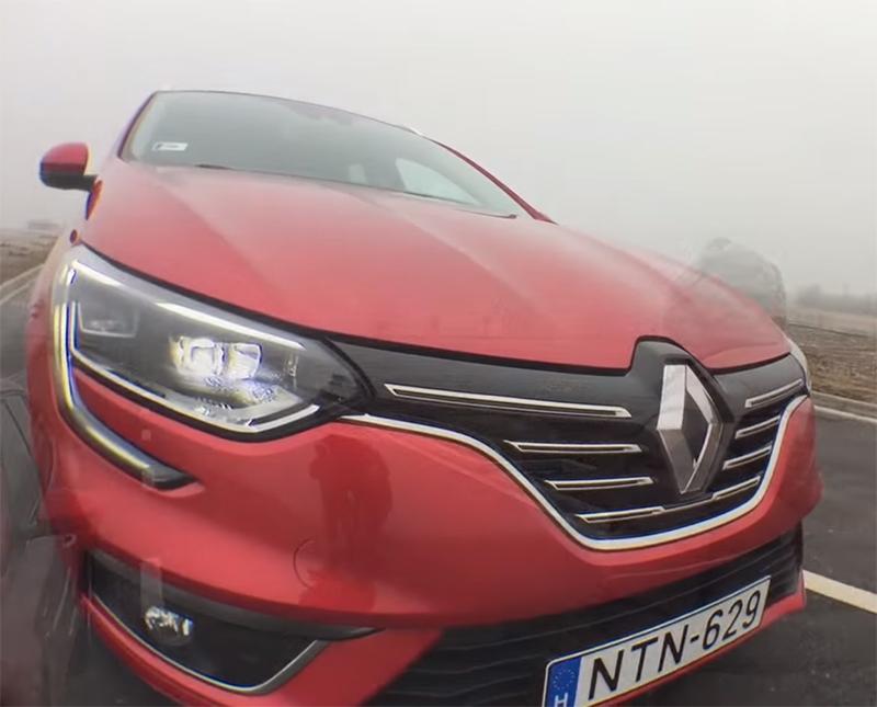 Renault Megane IV - Autósmozi