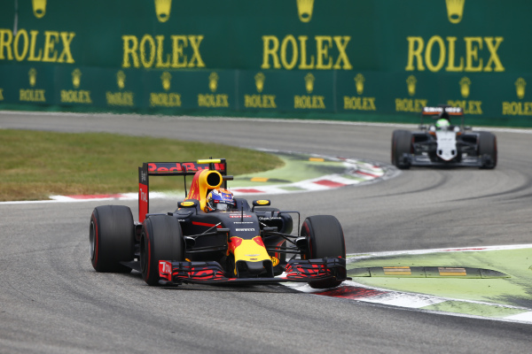Red Bull - Renault - Verstappen
