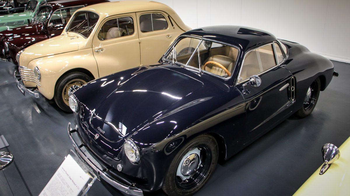 A Renault 120 éve
