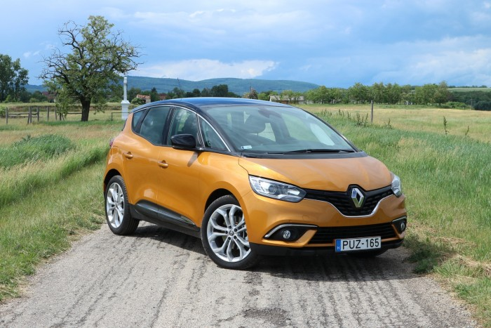 Renault Scénic TCe 140 Intens